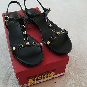 Vaneli Blondy Sz 8.5N Black Nappa Leather Sandals